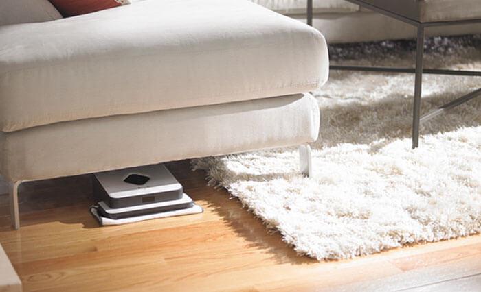 Прохождение полотера под мебелью