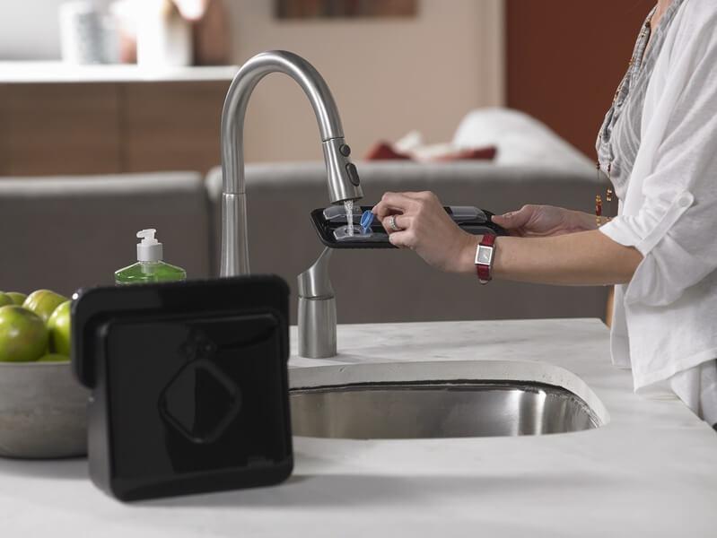Наполнение емкости водой