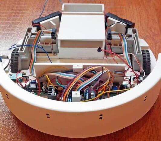 Самодельный роботизированный пылесос