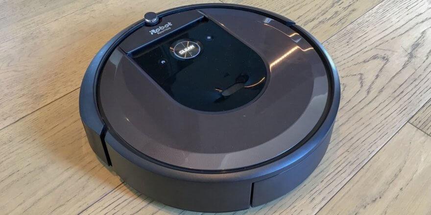 iRobot Roomba i7 фото