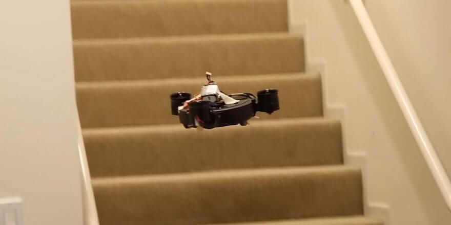 Летающий робот-пылесос